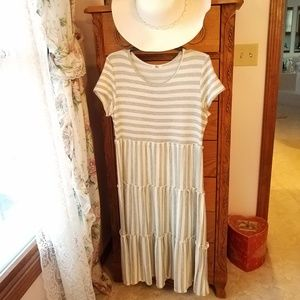 EGS by Eloges Grey White Striped XL